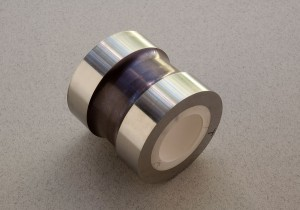 Ceramic-to-metal heat shrink fitting